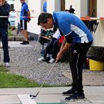 Posizione di gioco nel golf su pista